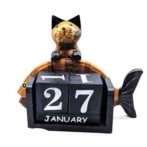 Настольный Календарь Кот с Рыбой, 16х13х6 см Деревянный