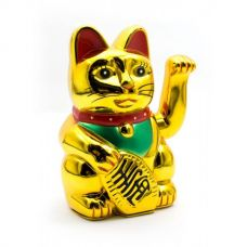 Статуэтка Кошка Манэки-Нэко машущая лапой пластик (14,5х9,5х9 см)