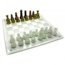 Шахматы стеклянные янтарные (39х39х6 см)  18424
